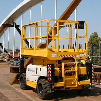 piattaforme per pulizia tetti e grondaie