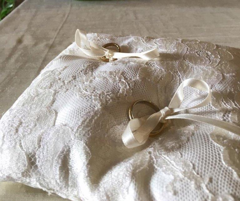 cuscinetto portafedi