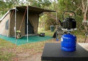 Materiale da campeggio per scout
