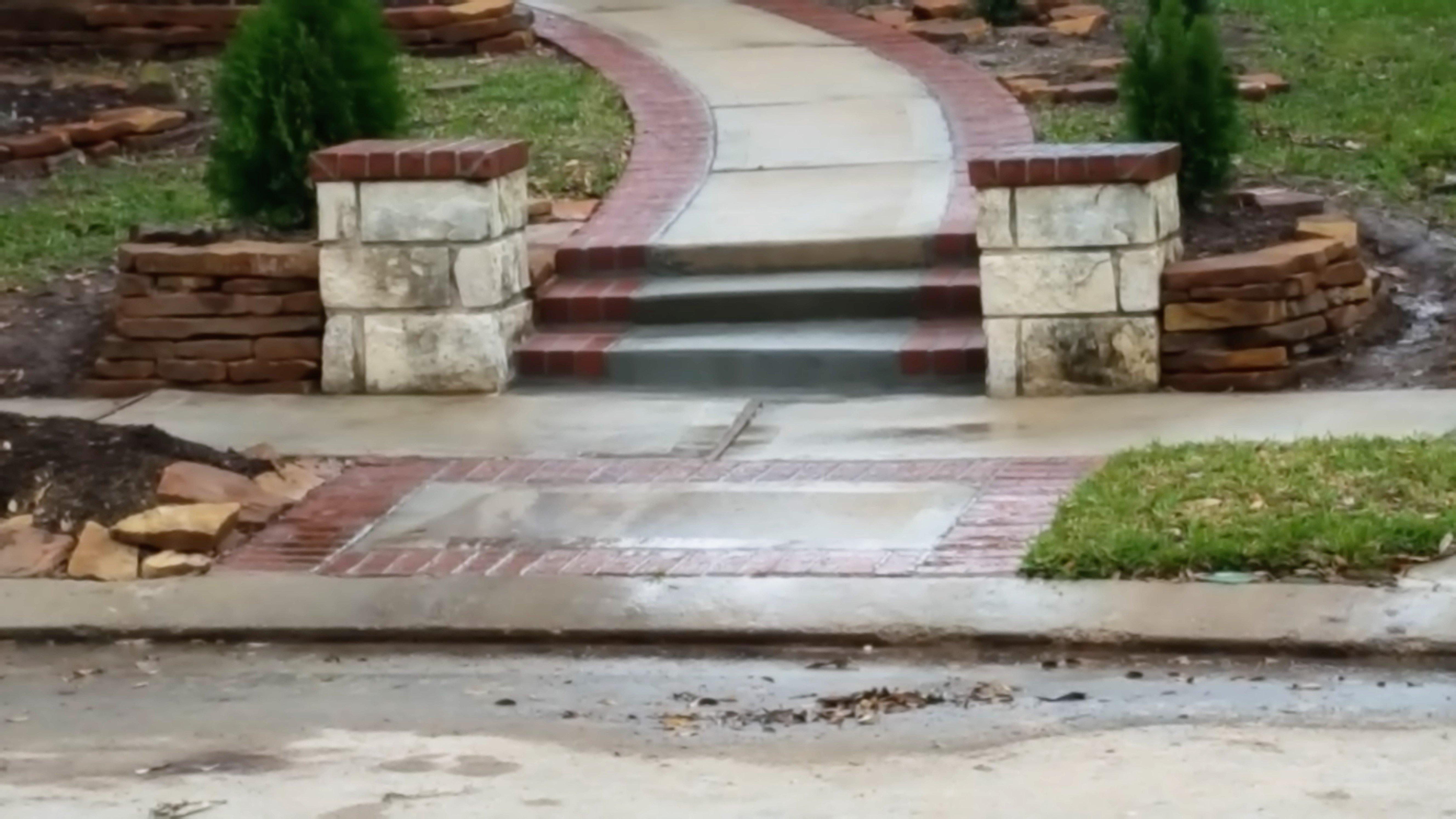 masonry brick stair repair, restore brick stairs, brick restored, mortar , concrete steps walls, in SPRING,tx., Woodlands, TX.