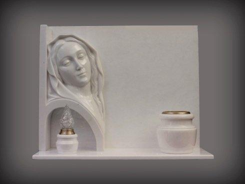 lavorazione e realizzazione tombe in marmo e pietre Linosa