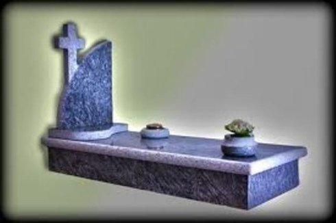 Lavorazione artistica di tombe in marmo e granito - Agrigento - Sicilia