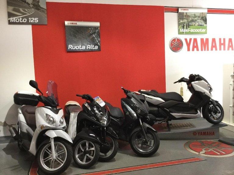 vendita e riparazione scooter e moto yamaha