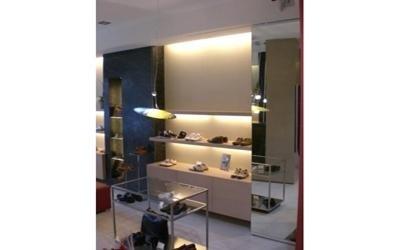 arredi negozi lusso Bergamo