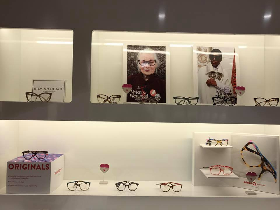 esposzione occhiali da vista