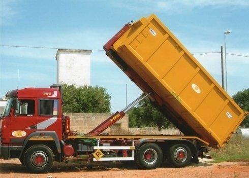 Trasporto solidi industriali con casse mobili