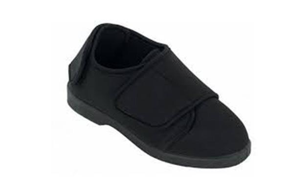 scarpa ortopedica nera