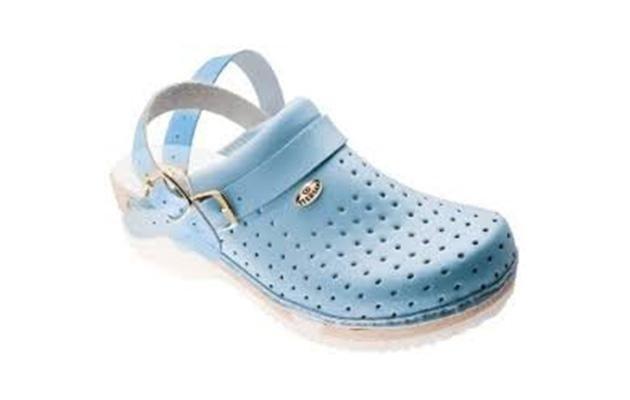 zoccolo sanitario azzurro