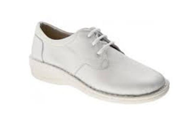 scarpa professionale con lacci