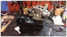 sostituzione pezzi motociclo