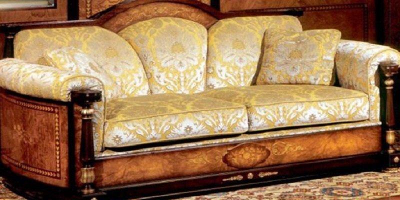 divano di antiquariato