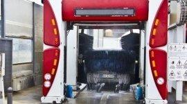 lavaggio automatico, autolavaggio con spazzole rotanti, lavaggio carrozzerie