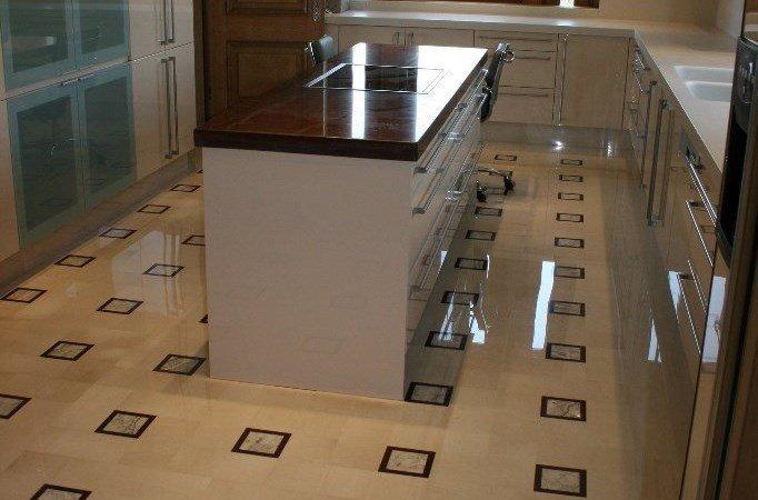 Arredi in marmo per appartamenti Verona