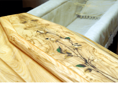 casse funebri con decorazioni