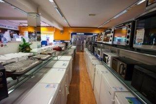 frigorifero, forno elettrico, friggitrice, piastra