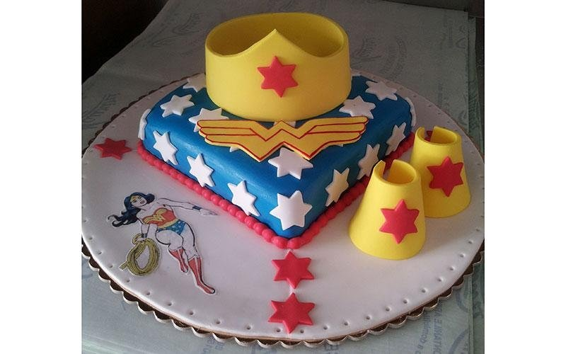 torta design Wonder Woman