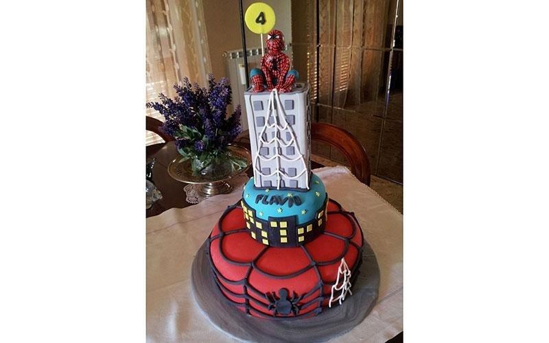 torta personalizzata Uomo Ragno