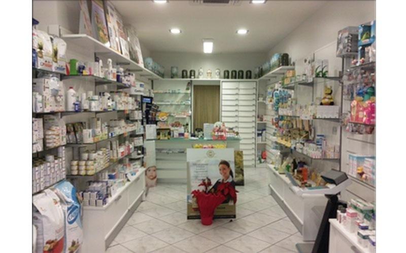 arredamento per farmacia