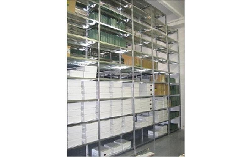 scaffalature metalliche per pezzi metallici