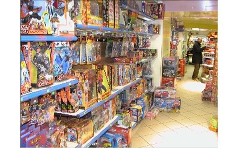 arredamento per negozio di giocattoli