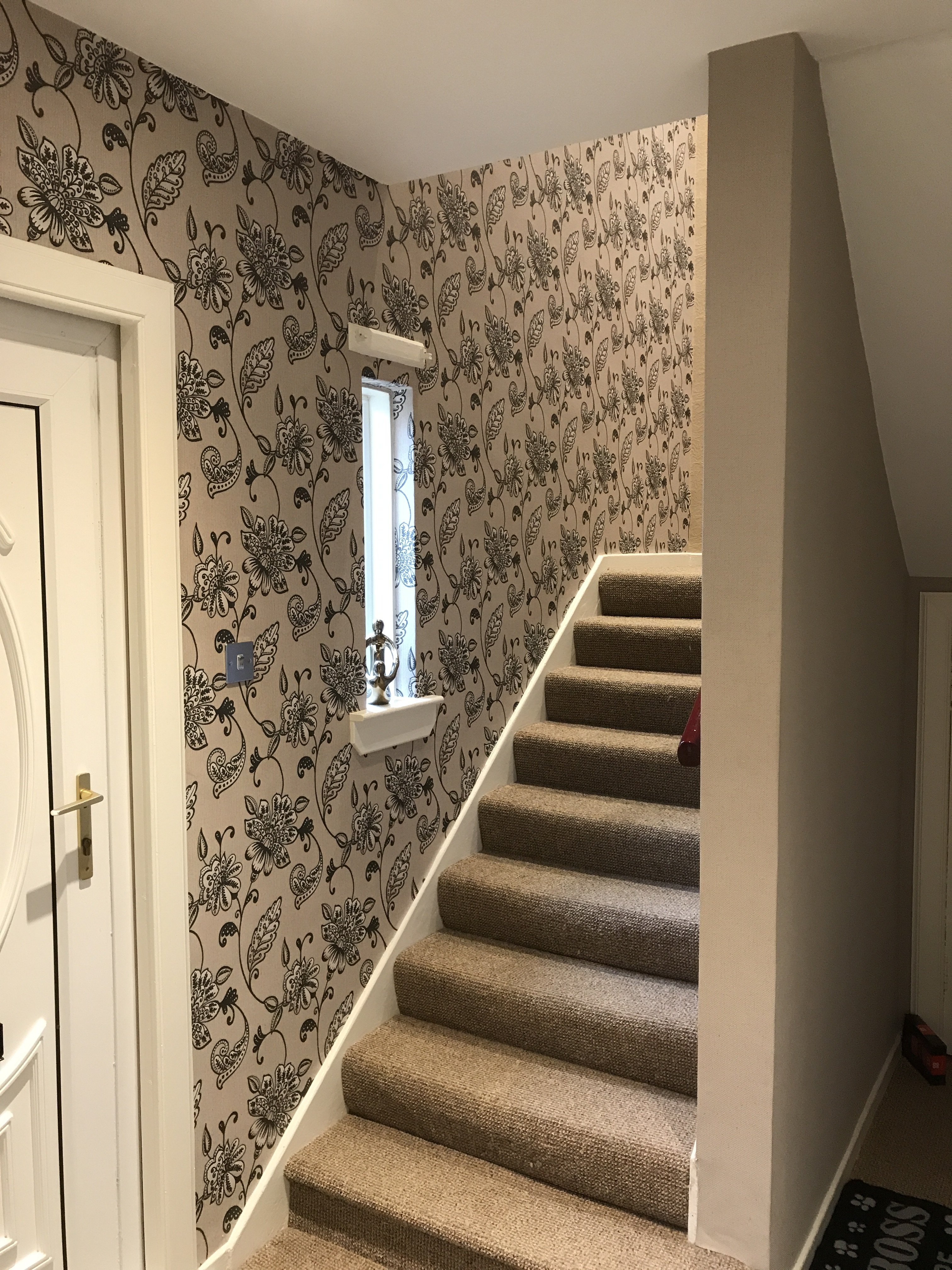 Hall & staircase to be decorated in Edinburgh &  Midlothian