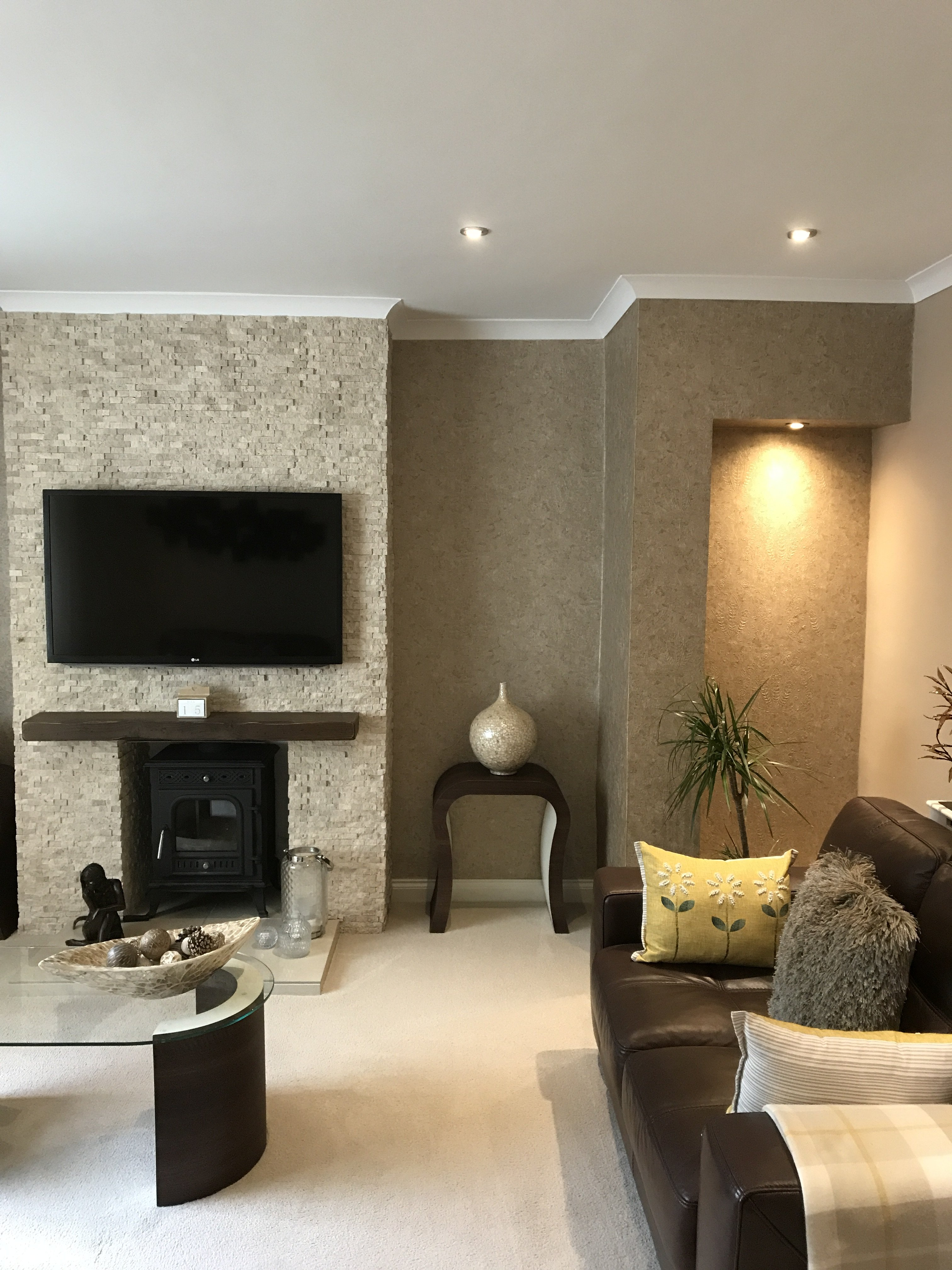 Feature wall, painting and decorating