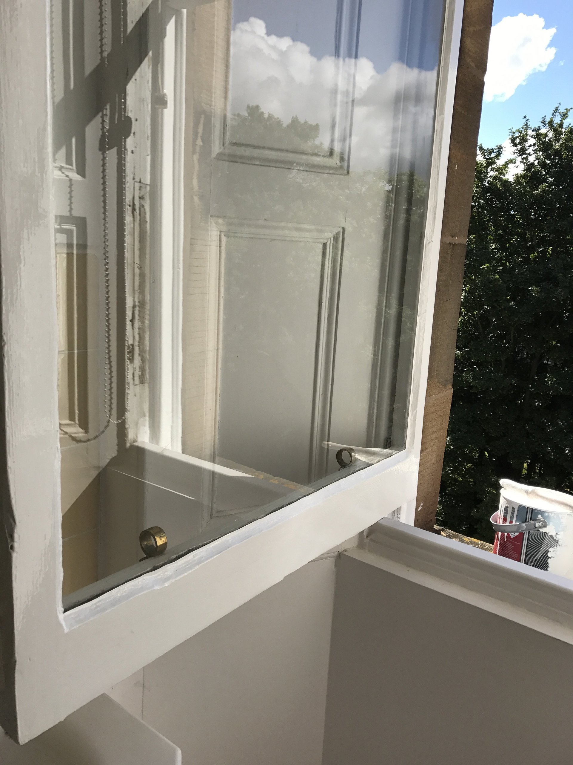 painting sash and case windows edinburgh