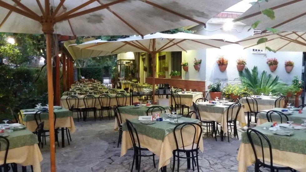 Pizzeria Il Pergolato giardino