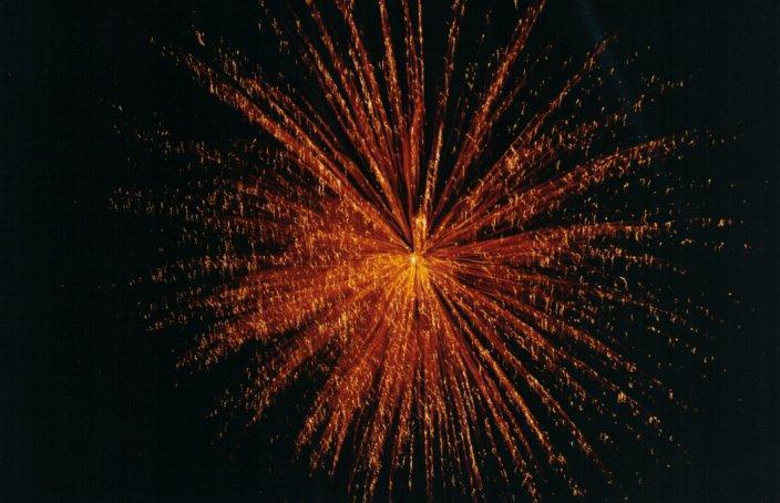 fuochi d'artificio sfondo nero