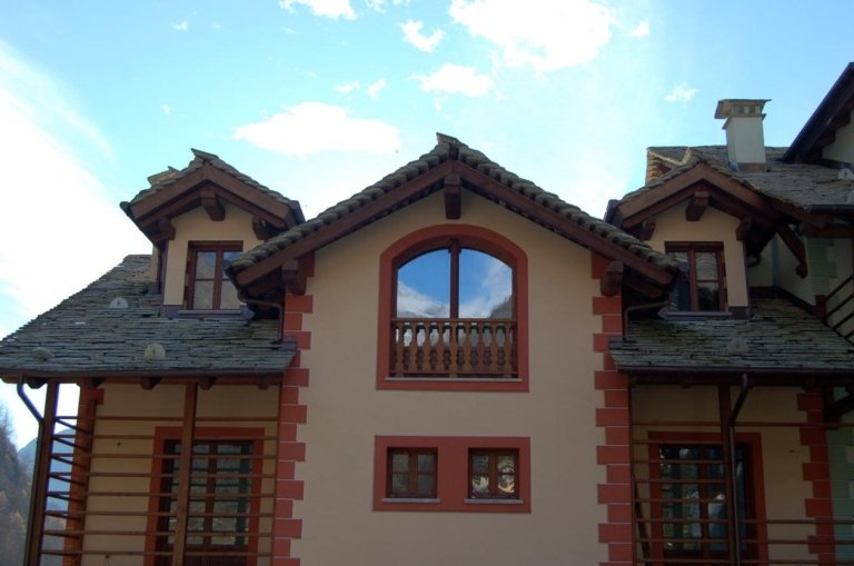 Edificio a destinazione mista, Alagna - Valsesia