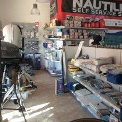 noleggio di imbarcazioni, motori, gommoni, carrelli , accessori per la nautica