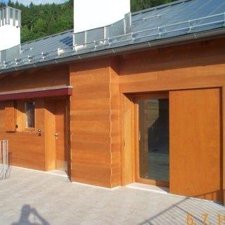 facciata casa in legno