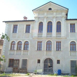 rifacimento finestre edifici storici
