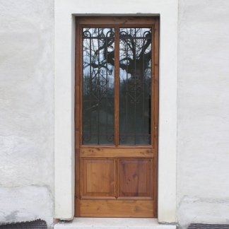 portone da esterno con vetrata