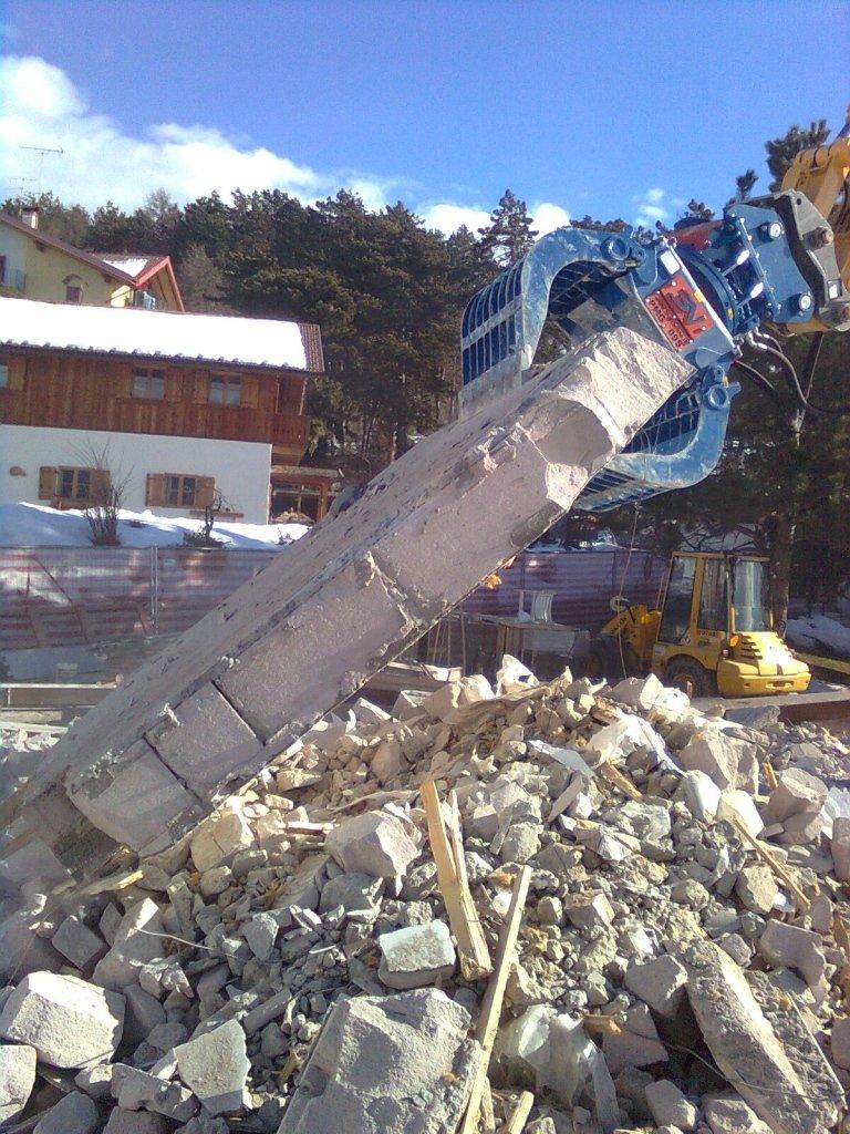 demolizioni e movimento terra