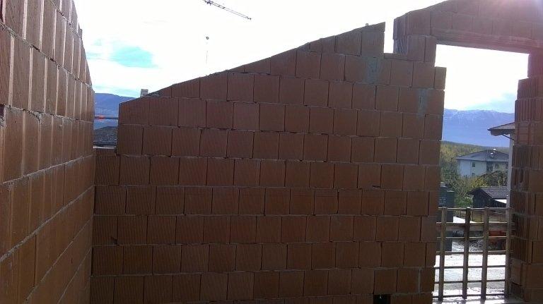 Dinamos muro tipo