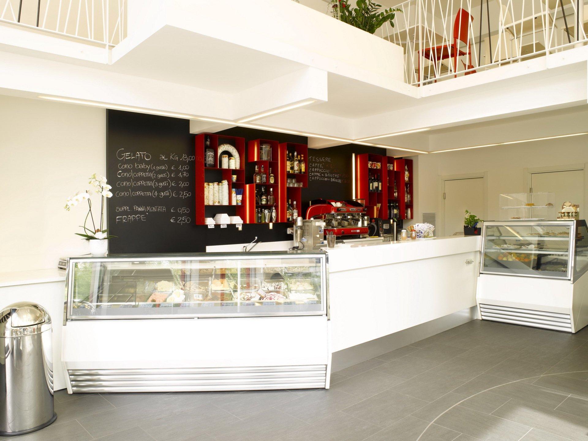 Bar e ristoranti gallarate barban arredamenti for Arredamenti gallarate