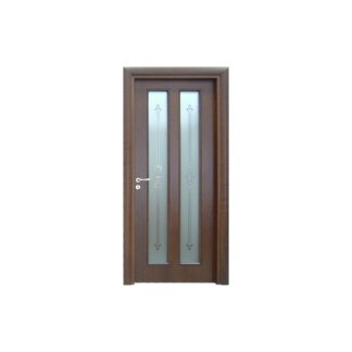 porta in legno scuro con due inserti verticali in legno