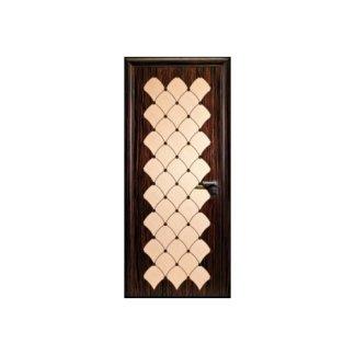 porta in legno con motivo geometrico