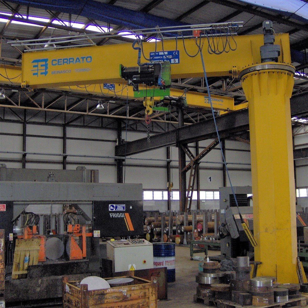 Jib cranes in Beinasco