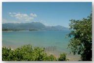 vista delle montagne e del mare