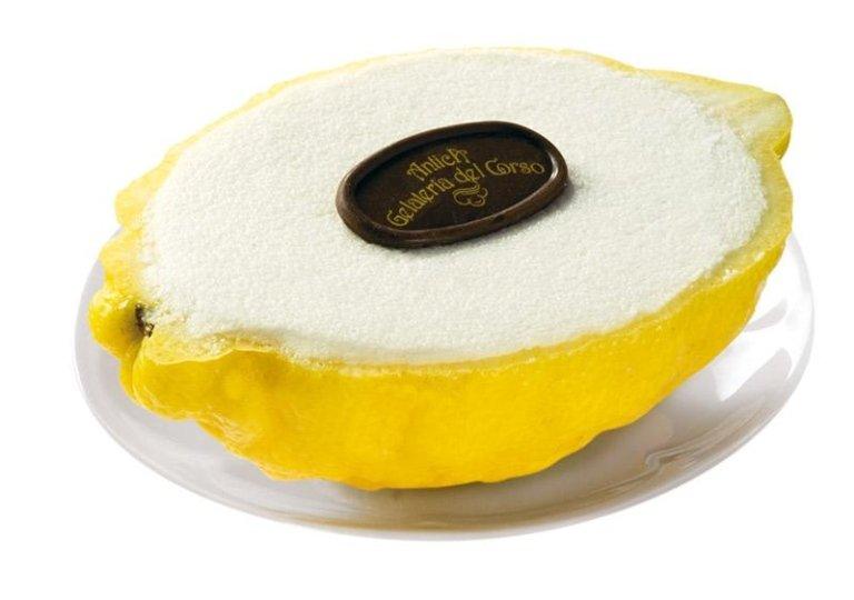 Sorbetto al limone con scorza
