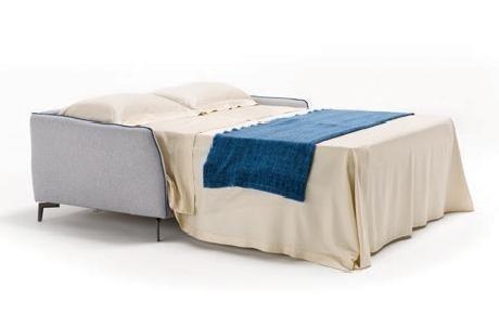 FRANK è un divano letto matrimoniale comodo ed essenziale