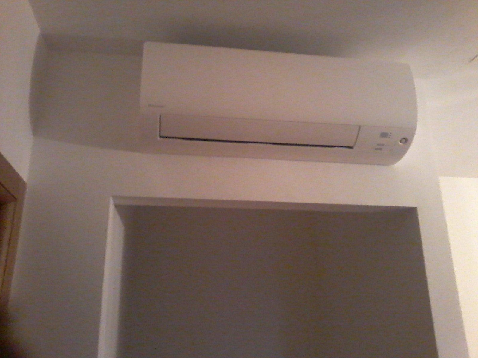 un climatizzatore montato