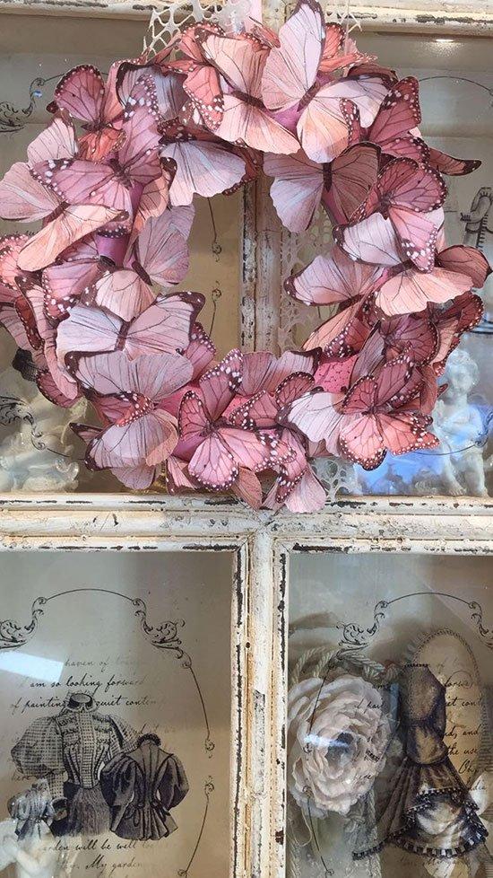 decorazione di farfalle rosa