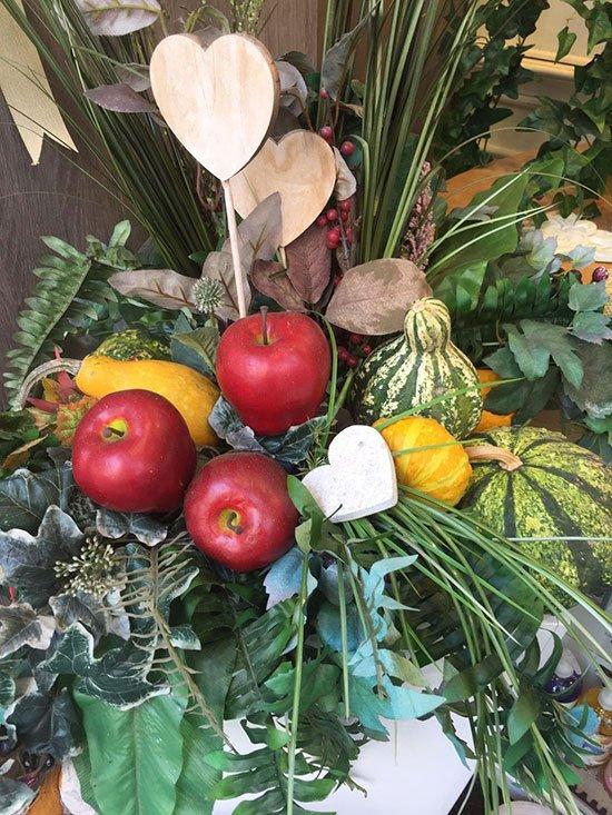 centrotavola con mele e zucche