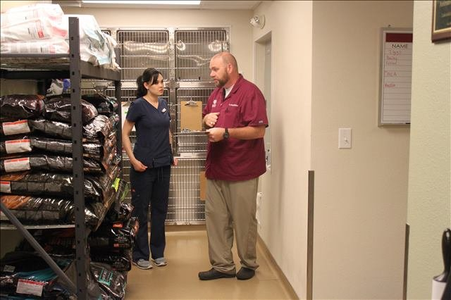 Lakeside Animal Clinic boarding in Houston, TX