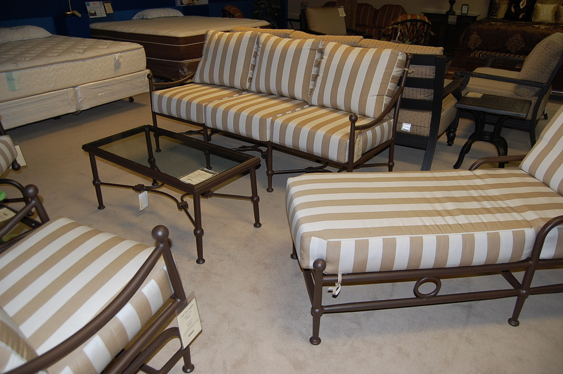 Outdoor furniture store houston tx for Outdoor furniture 78757