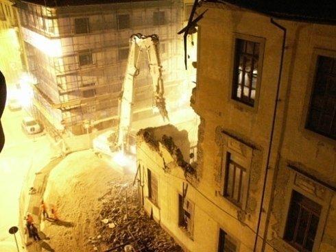 servizio di demolizione, abbattimento muri
