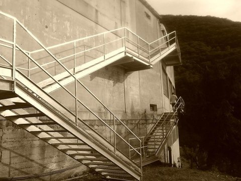 realizzazione scale metalliche